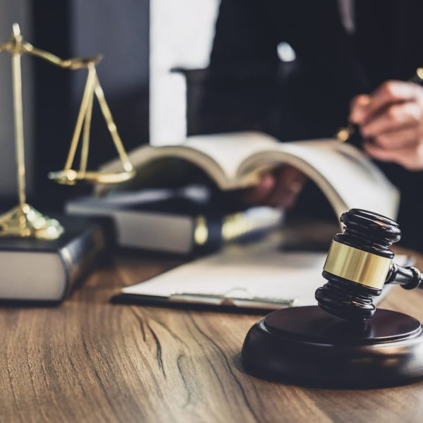 ייעוץ משפטי שוטף לחברות ומעסיקים